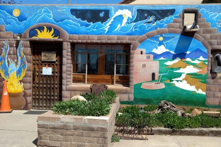 Private Rm w/Bath Santa Fe Int'l Hostel [L/M]