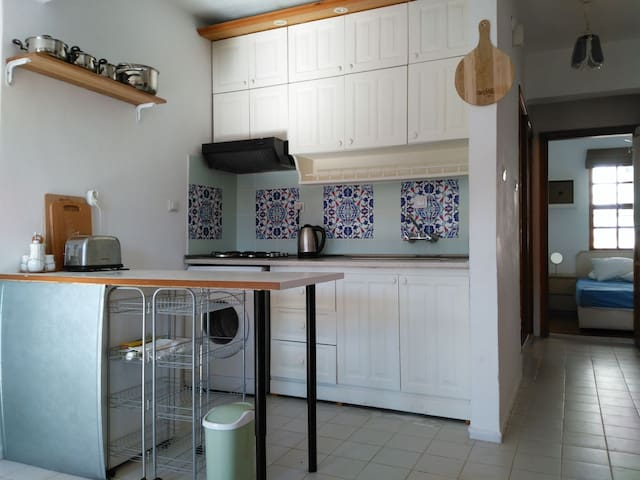 2 bedroom apartment, central Akyaka near beach