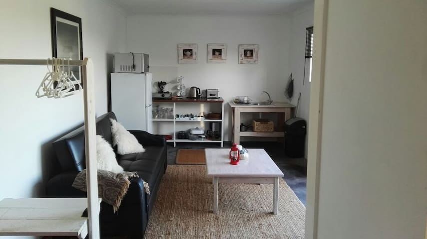 Cowley`s self catering accommodation - Gansbaai