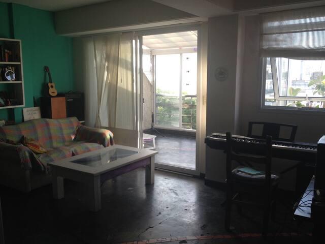 Departamento luminoso con balcón terraza!! - Buenos Aires - Byt