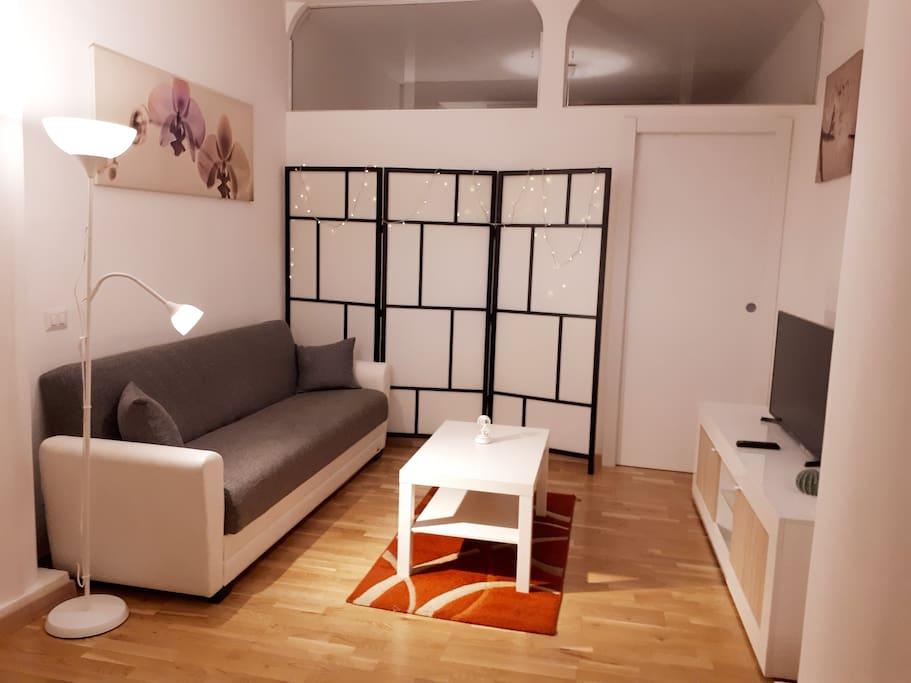 Sala con TV - Wifi in Fibra ottica