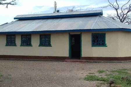 Kalacha Highway Villa