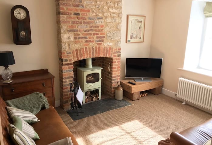 Heritage cottage, perfect for Blenheim/Cotswolds