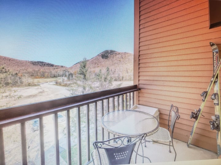 Ski on Ski off killington/ Pico mountain condo