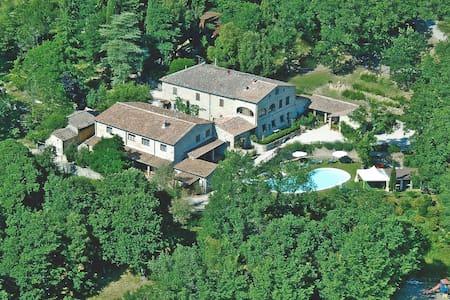 "Toscana ""Romantico appartamento in Agriturismo"""