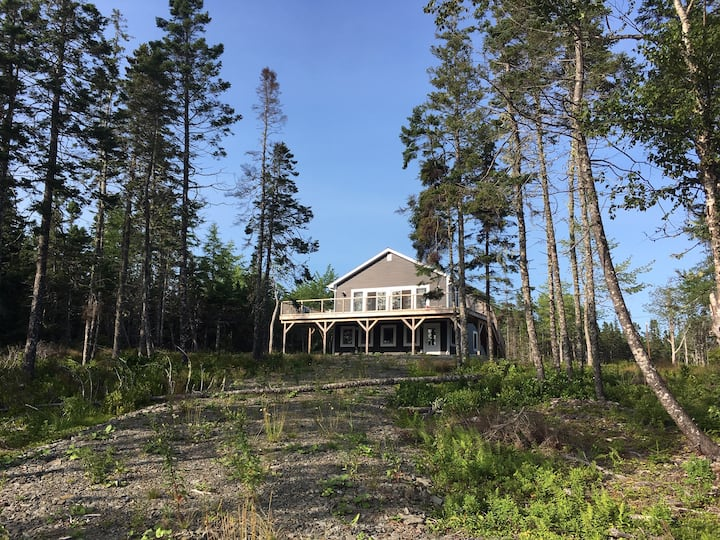New built Cottage with lake access, Cape Breton/NS