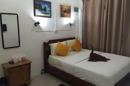 Labella guesthouse's - Ko Samet