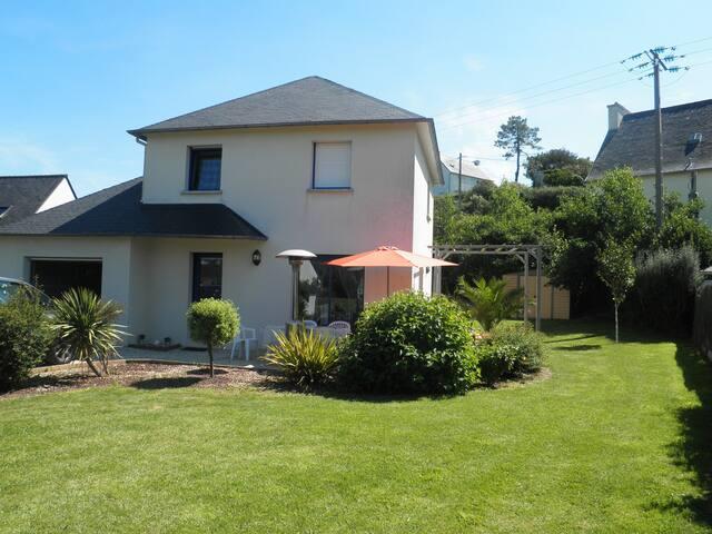 Maison récente à 200m plage de Pentrez - Saint-Nic - Huis