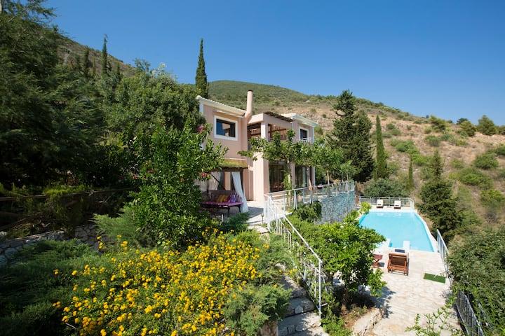 Spectacular Villa Iris with panoramic views.