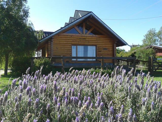 Don Humberto: Cabaña Sustentable en Tandil - Tandil - Cabin