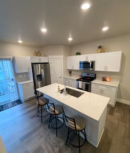 New townehome with private bedroom shared bathroom