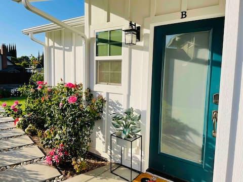 NEW 1 BDRM Cottage, 8 mi to Disneyland!!!