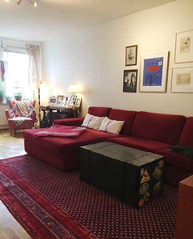 Cozy & spacious flat, in hip and central area. - Gotemburgo - Apartamento