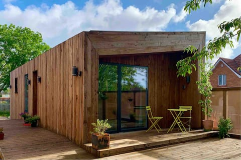 EcoCity Living in an inner city strawbale home.