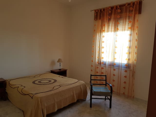 Appartamento luminoso - Salinagrande - Apartamento