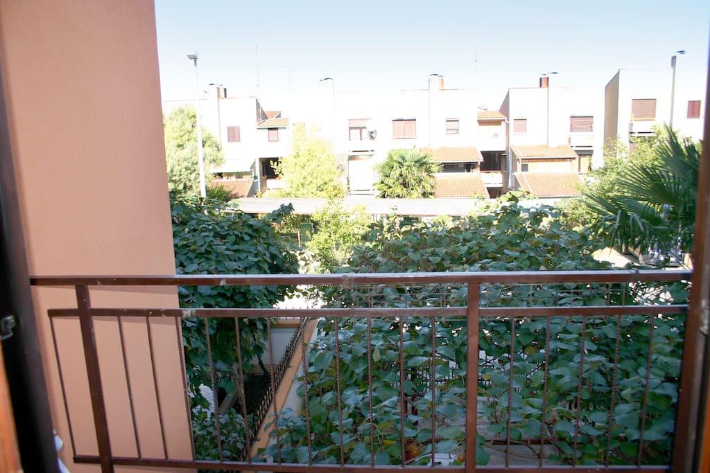 Balkon mit Blick in die Umgebung