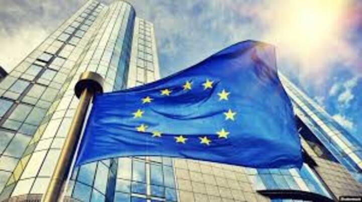 Entire apart  in the EU quarter, next to EU HQ