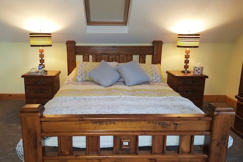 Keem Road House, Luxury King Size Room 1
