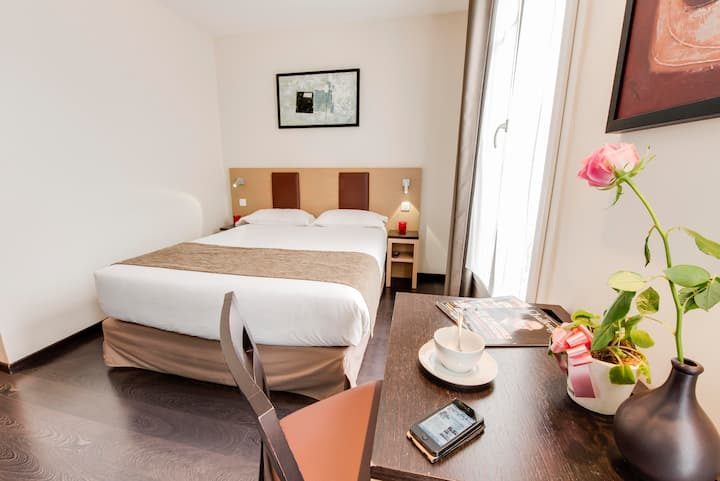 Source Hôtel Paris *** PETIT DEJEUNER OFFERT