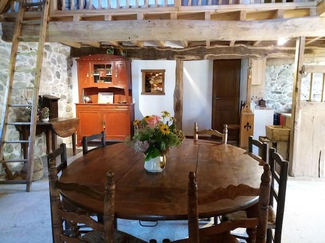 Séjour (côté cuisine)
