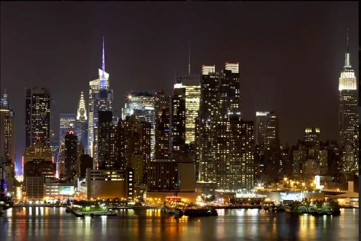 Spectacular Proximity...10 to NYC! - Weehawken - (ไม่ทราบ)