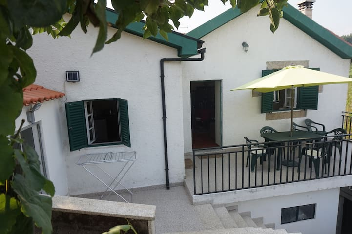 Quinta Gaspar - Provesende - House