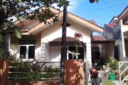 excelent borneo - Kota Balikpapan