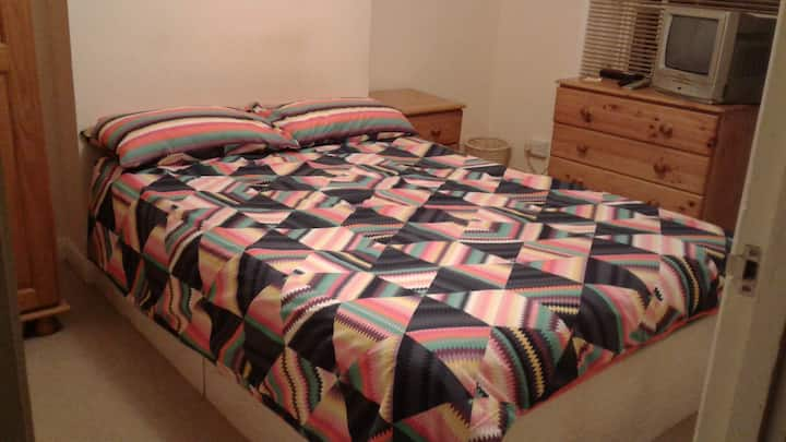 Private Double room, Camden Town,London