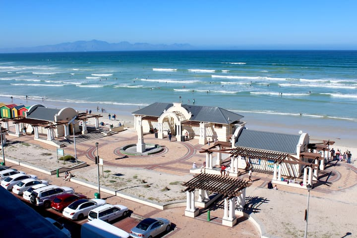 Chilled beach stay on Muizenberg's Surfers corner