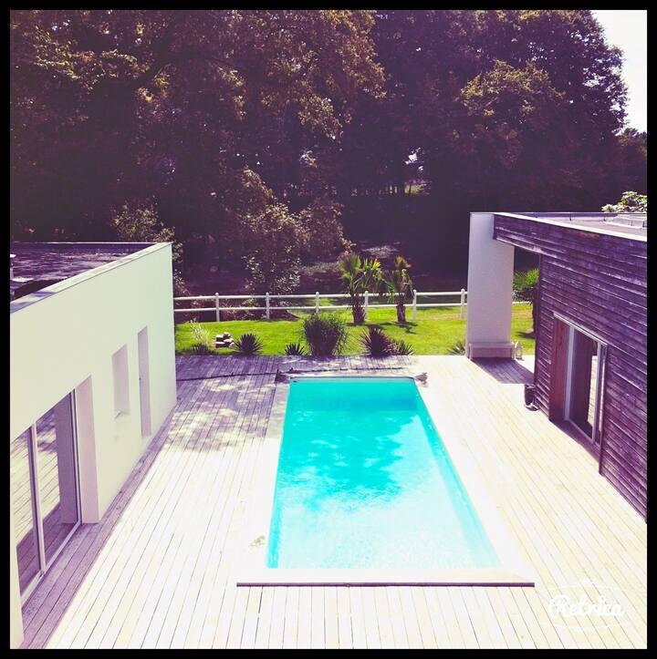 Superbe villa d'architecte proche Bordeaux