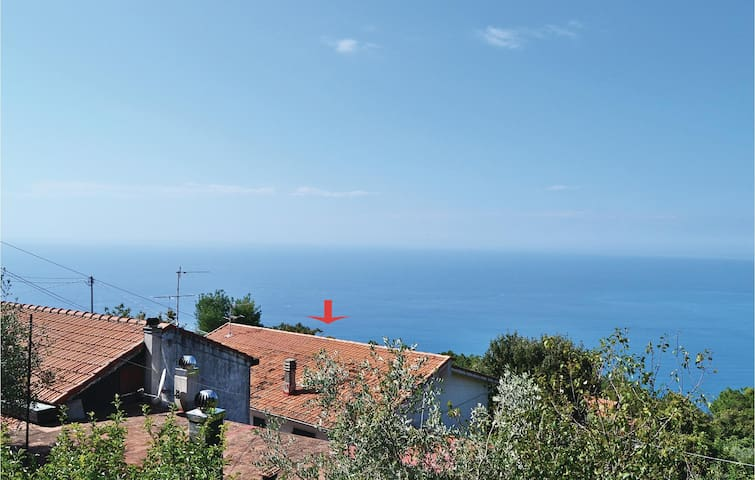Holiday apartment with 2 bedrooms on 70m² in Volastra -SP-