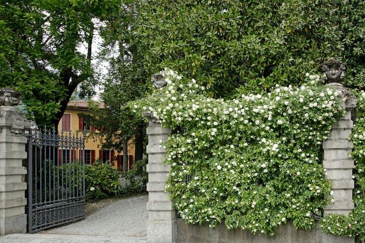 Bilocale nel Parco di Villa Erba