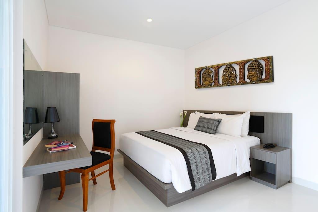Harmony suite en bord de mer seminyak chambres d 39 h tes for Chambre d hote 76 bord de mer