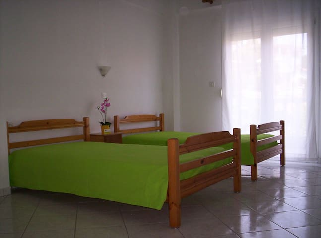 διαμέρισμα με θέα θάλασσα, ευριχωρο - Platamon - Apartamento