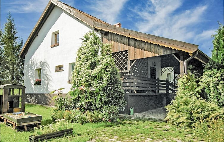 Holiday cottage with 5 bedrooms on 180m² in Lidzbark Warminski