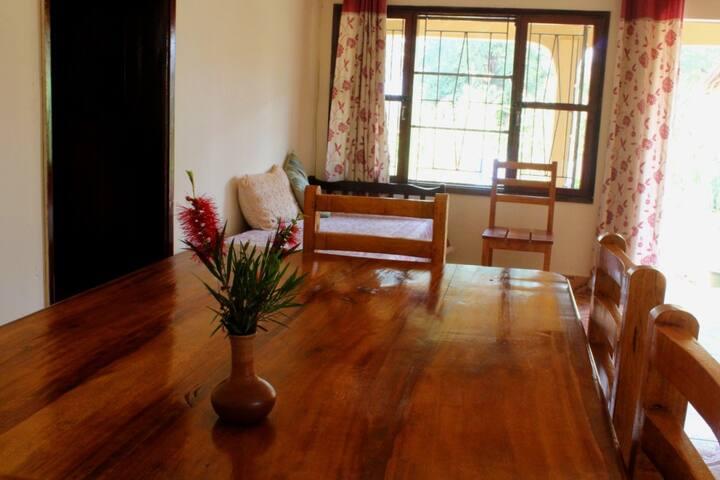 Jinja BaseCamp - Forest House