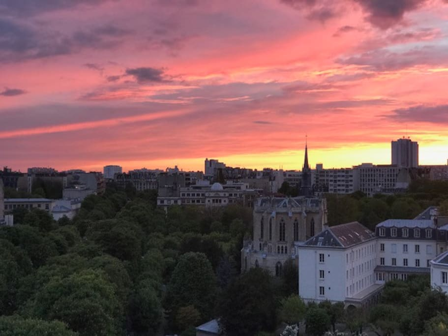 Appartement Avec Belle Terrasse Et Vue Sur Paris Flats