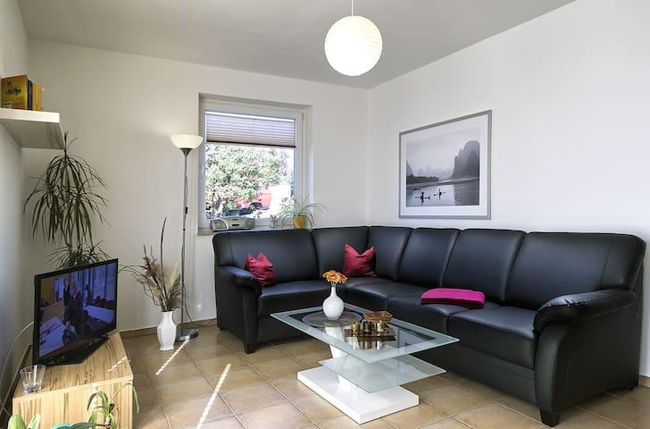 Komfortabele Ferienwohnung - Fuhlendorf - Apartament
