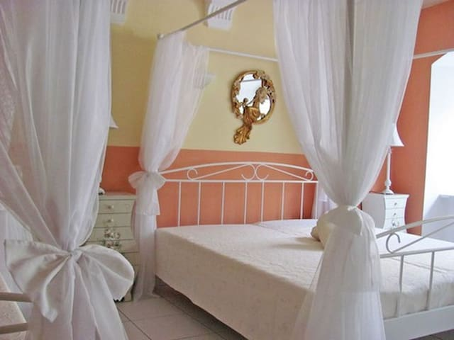 Apartment-Large-Private Bathroom-City View-Bavaria-Suite