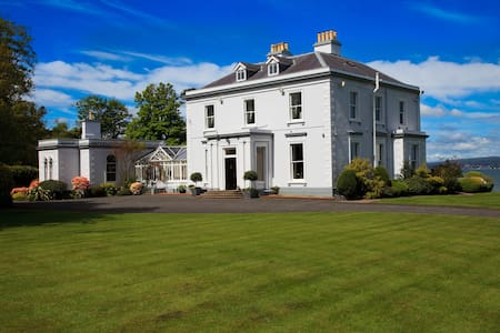 Luxury Period Home on the shores of Belfast Lough