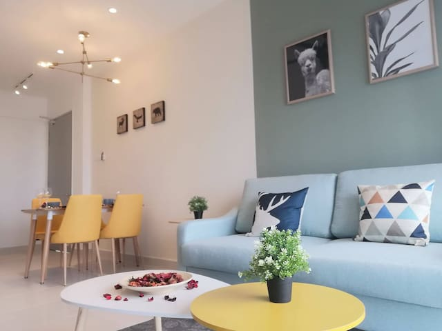 NEW! Nordic Design 2Bedroom close to Desa ParkCity