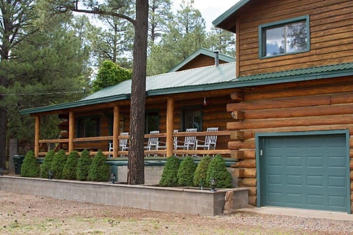 Carroll`s Lazy Bear Lodge on Navajo - Pinetop-Lakeside - Talo
