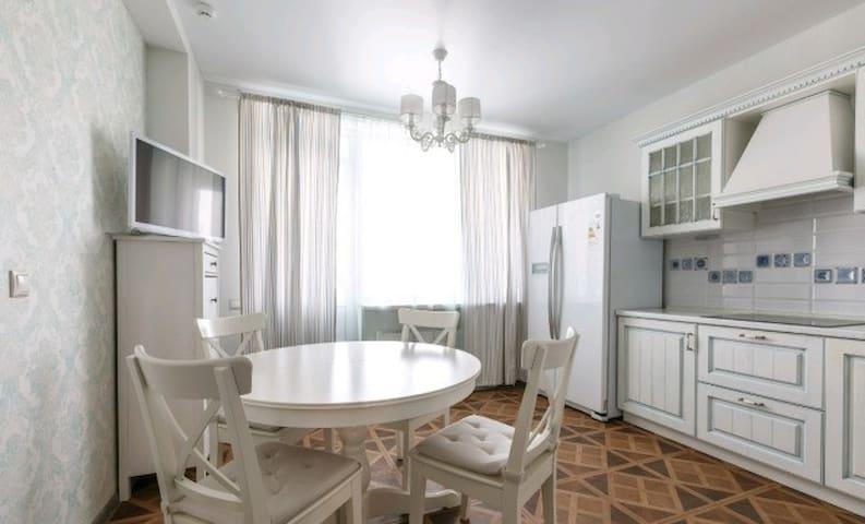 Apartment on Sportivnaya 6