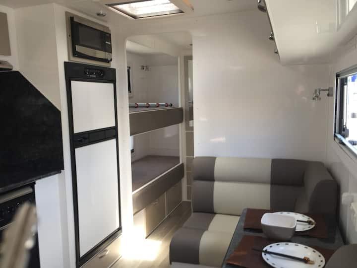 SUV & Caravan Rental