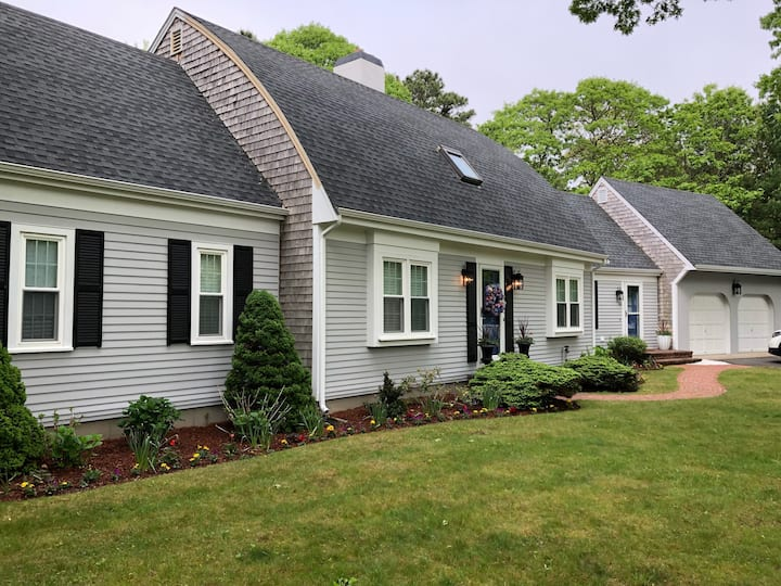 Relax and Enjoy! Spacious Home in Osterville, MA