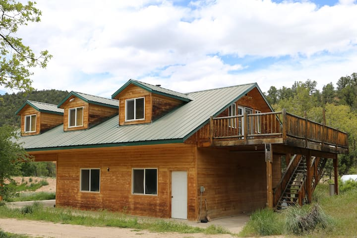 Golden Haven Loft House