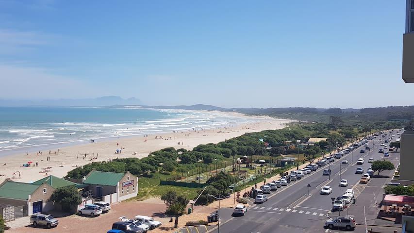 Beachfront Apartment Stunning Views St Tropez 604
