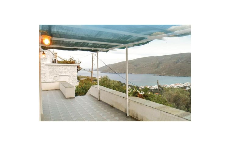 Holiday cottage with 2 bedrooms on 220 m² in Korthi