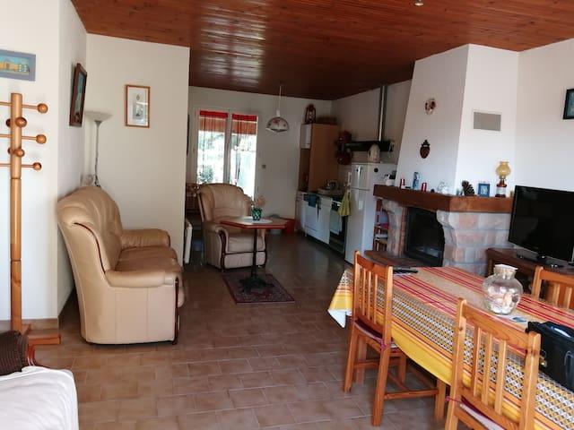 Grande maison de vacances à 800 m de la mer !