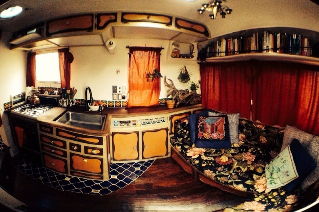 Living room and Galley (without table) - Fish Eye